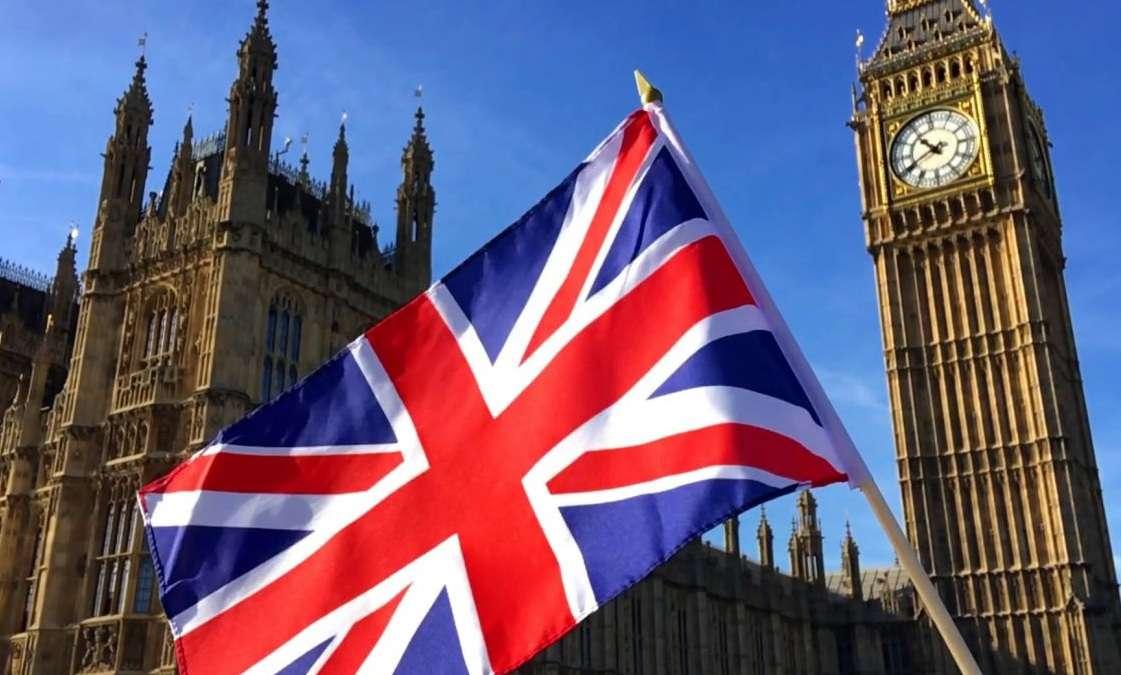 الحكومة البريطانية تدرس استدعاء قوات الجيش, صحيفة عربية -بروفايل نيوز