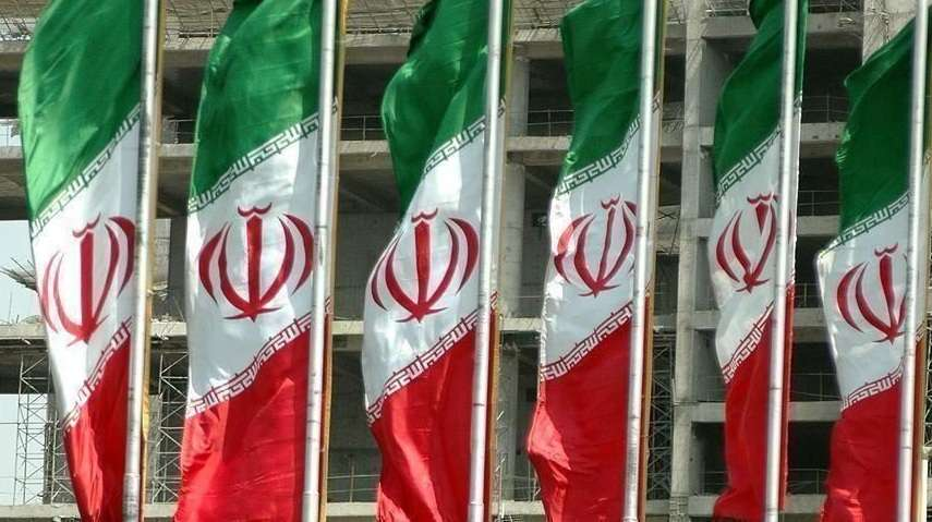 الحرس الثوري الإيراني ألقى طائرة مسيرة مفخخة , صحيفة عربية -بروفايل نيوز