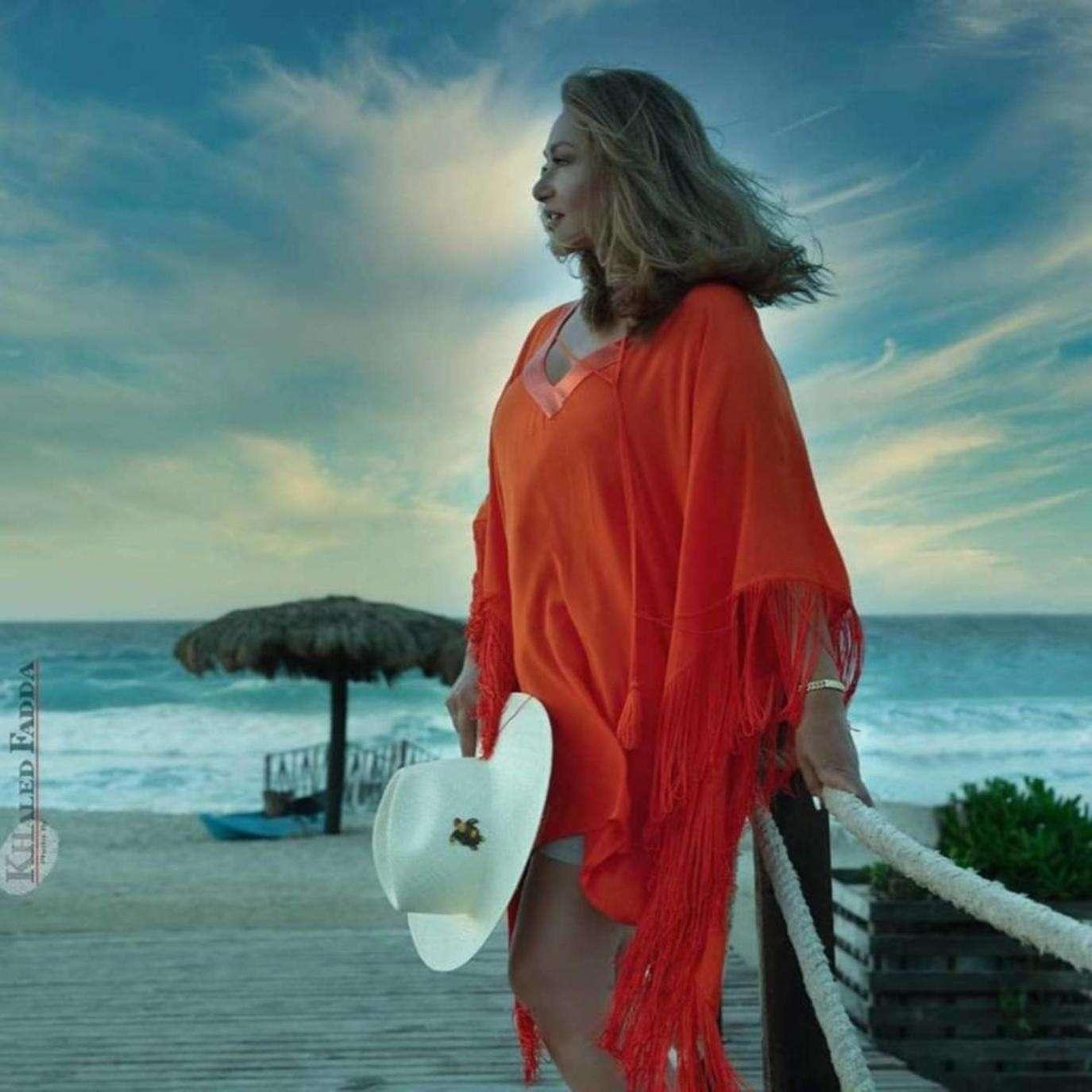 "Laila Elwi defies the ""predatory shark"" and says goodbye to the sea, Arabic newspaper -Profile News"