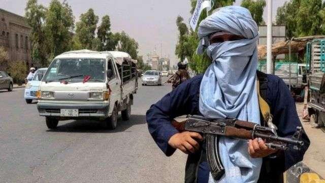 """طالبان تعلن اسم """"أمير أفغانستان"""", صحيفة عربية -بروفايل نيوز"""
