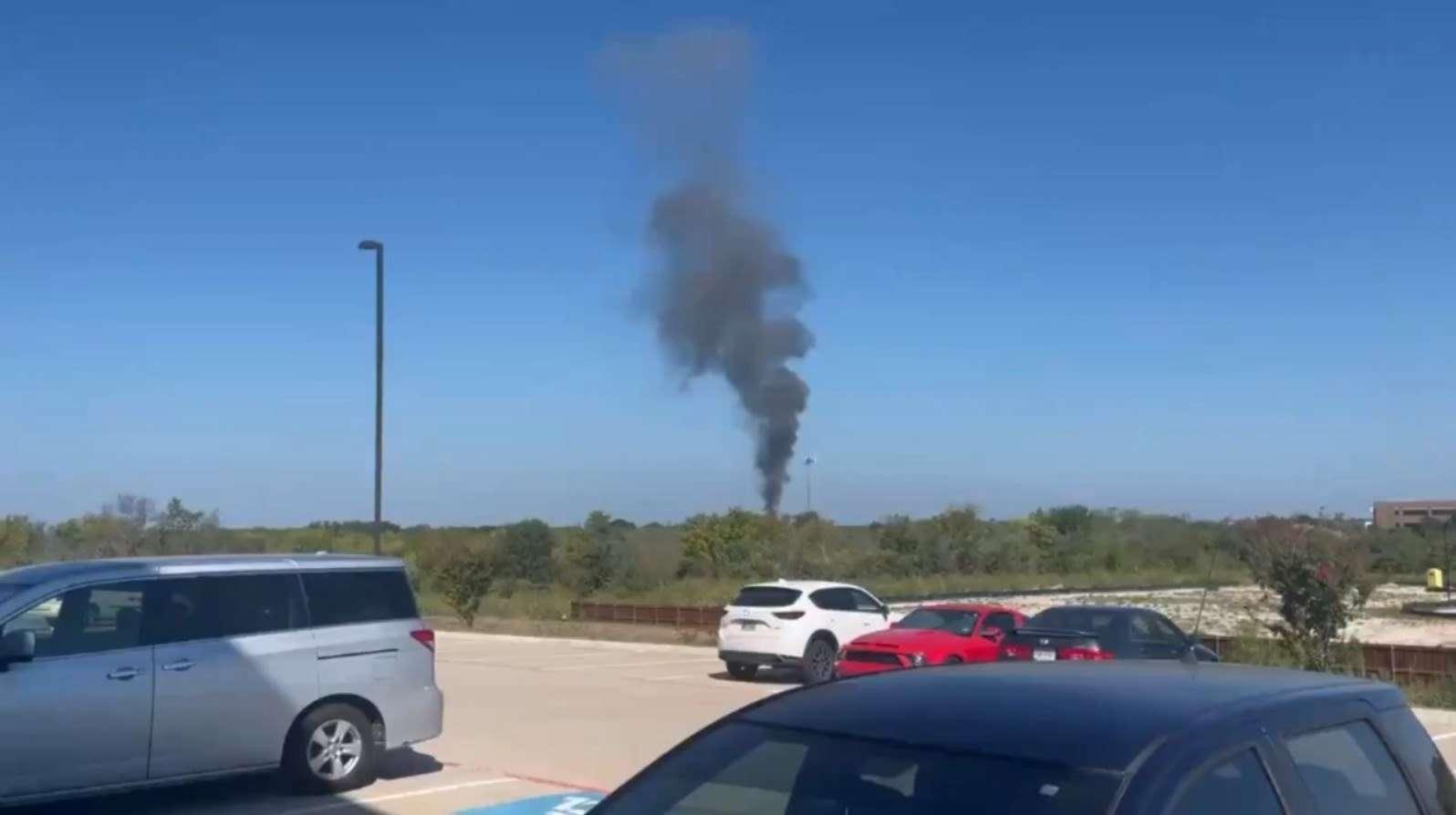 تحطم طائر عسكرية في تكساس ونجاة الطيارين, صحيفة عربية -بروفايل نيوز