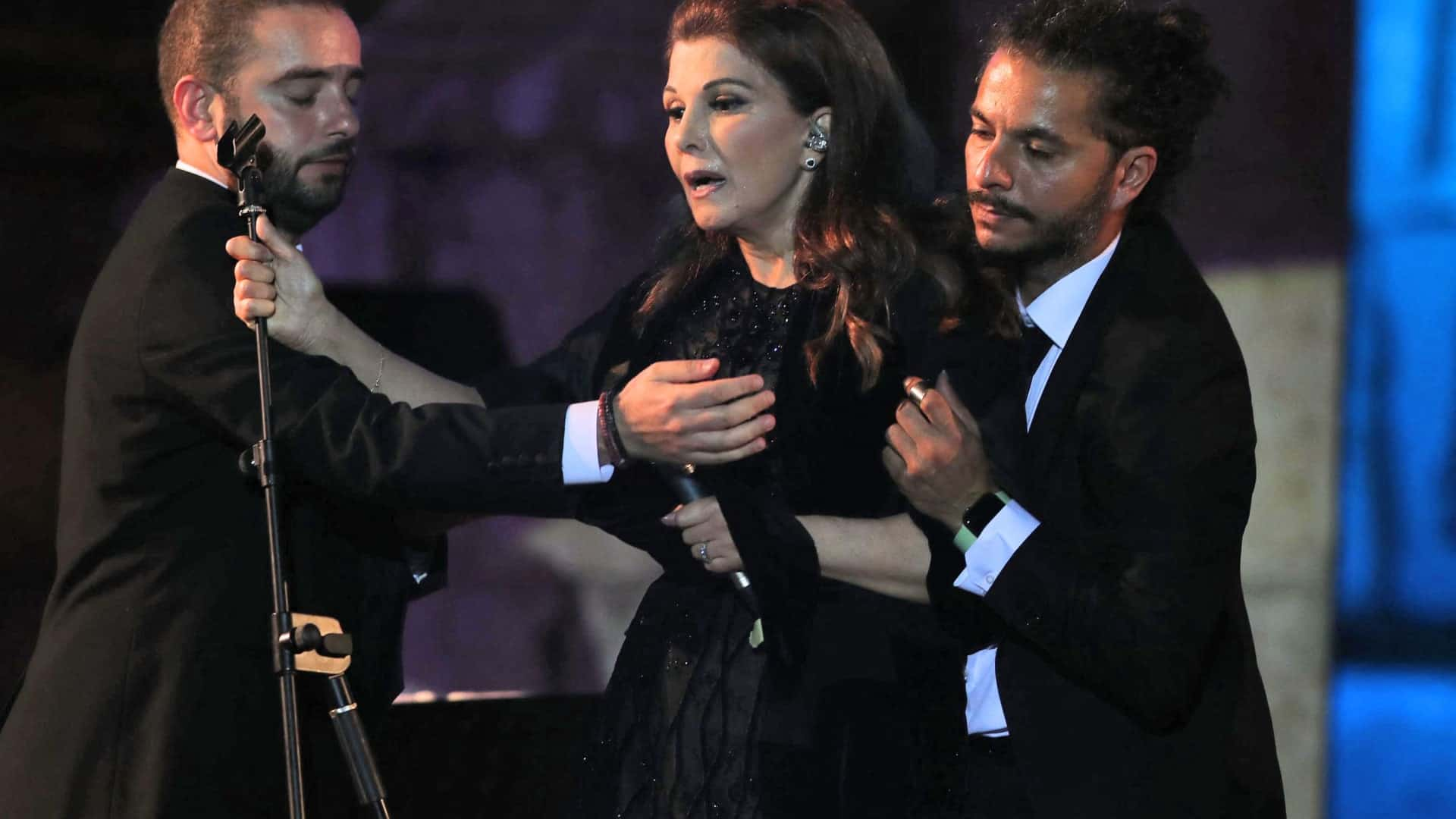 """The health condition of the Lebanese singer """"Magda El Roumi"""" after she passed out at Jerash Theater in Jordan, Arabic newspaper -Profile News"""