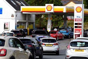 بريطانيا تنشر جيشها لمعالجة ازمة الوقود في البلاد, صحيفة عربية -بروفايل نيوز