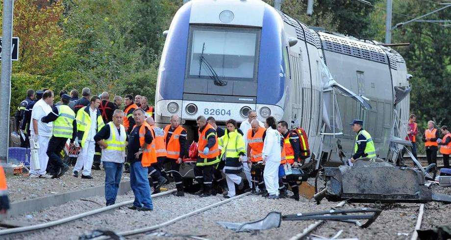 Victims of a train accident in France, Arabic newspaper -Profile News