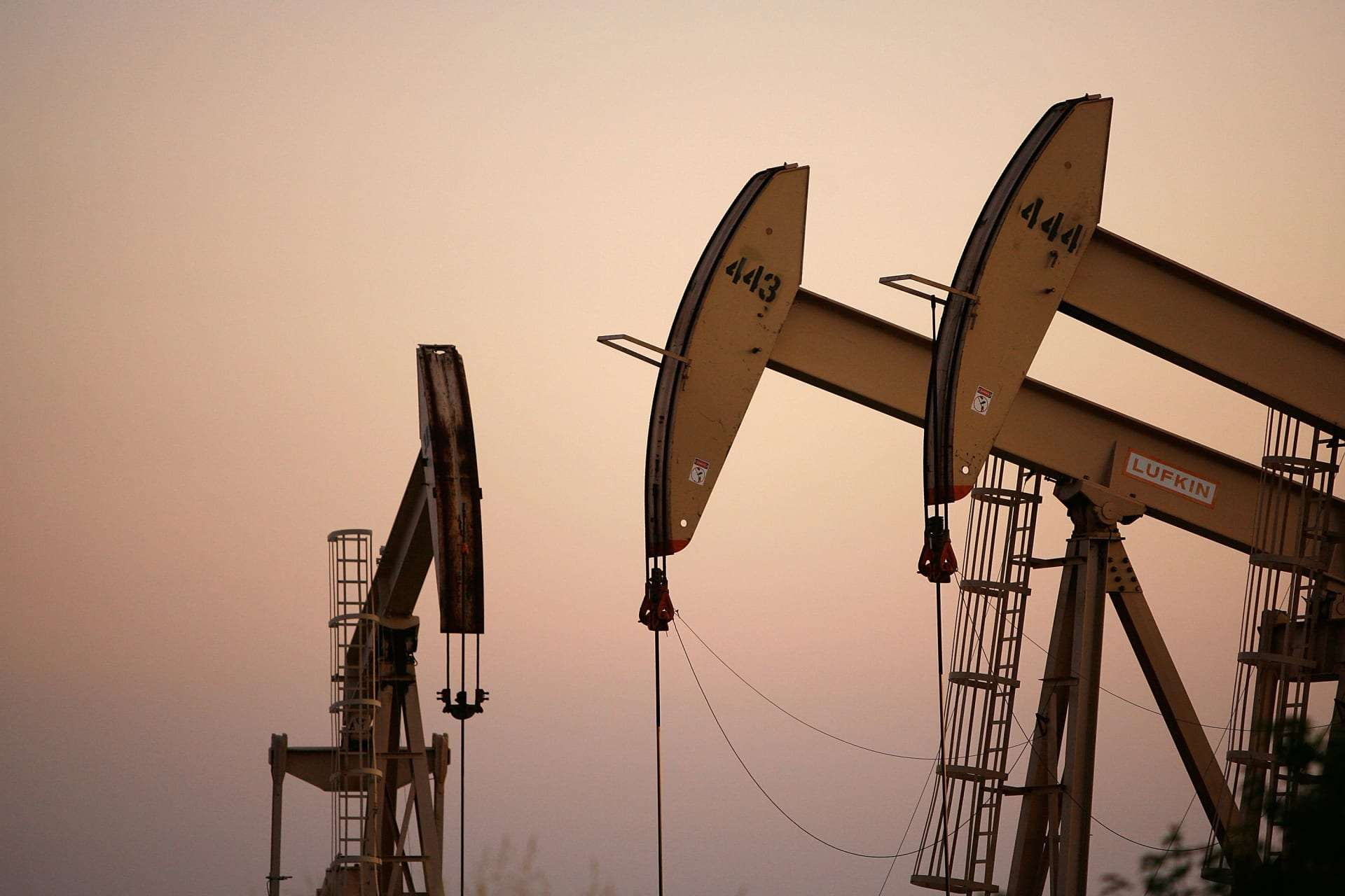 Oil prices continue to rise, Arabic newspaper -Profile News