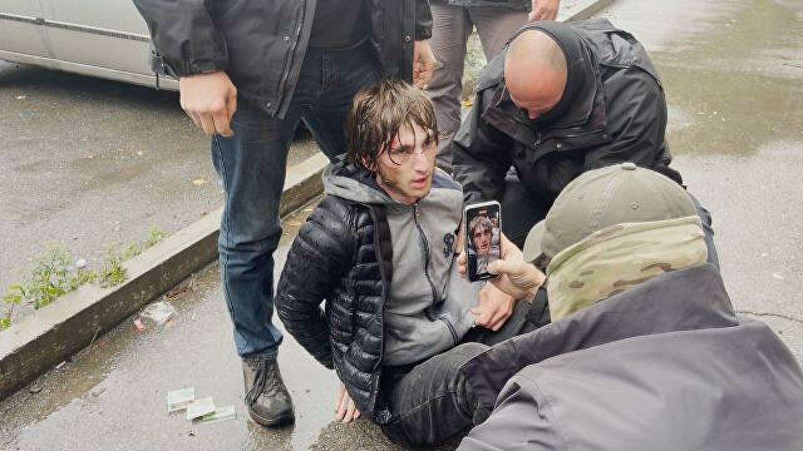 """السلطات الروسية تعلن اعتقال أحد عناصر """"داعش"""" حاول تفجير نفسه بمجموعة ضباط شرطة, صحيفة عربية -بروفايل نيوز"""